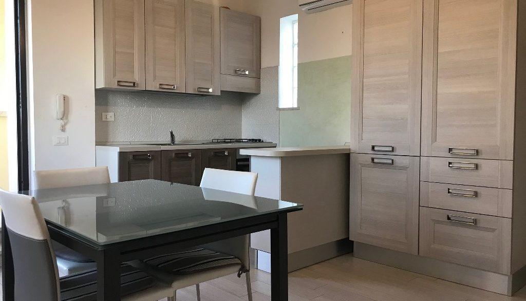 Foto appartamento attico via Chirulli Lecce 3