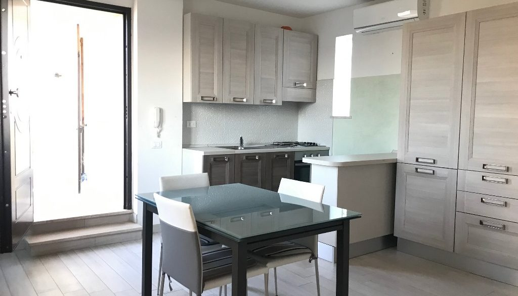 Foto appartamento attico via Chirulli Lecce 8