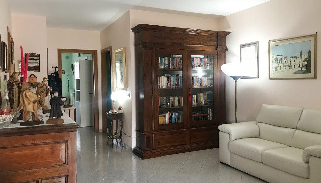 Foto appartamento castromediano Bersaglieri 4