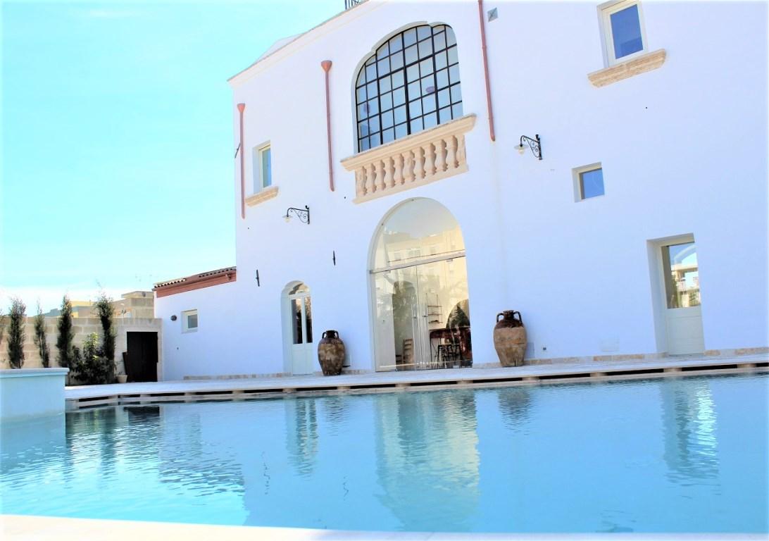 Dimora storica con piscina